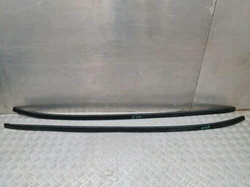 VOLVO V60  PAIR OF LEFT and RIGHT SIDE ROOF RACK RAIL MOULDING TRIM  31253309